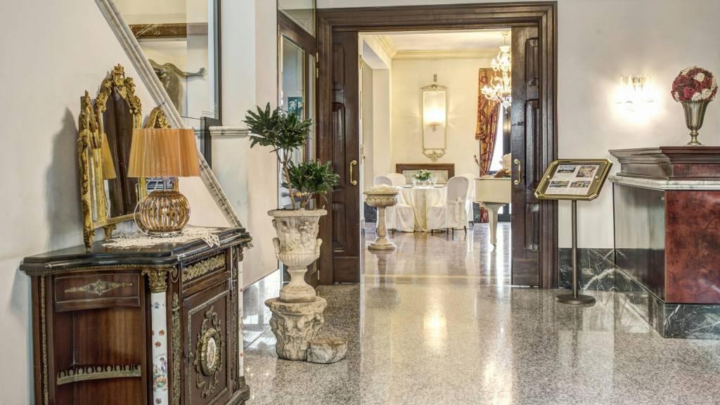 Hotel-Castelvecchio-Castel-Gandolfo-interior-45