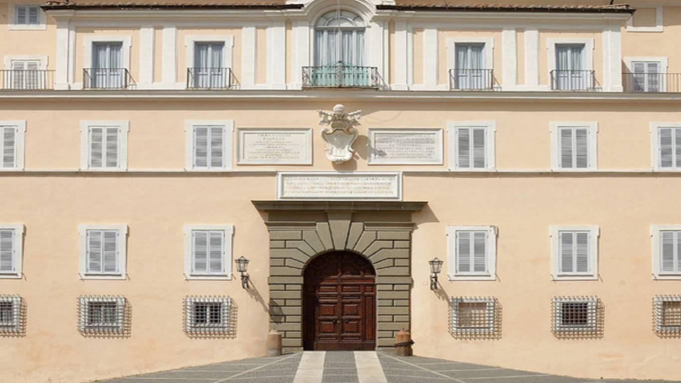 Palace-of-the-Pope-Castel-Gandolfo