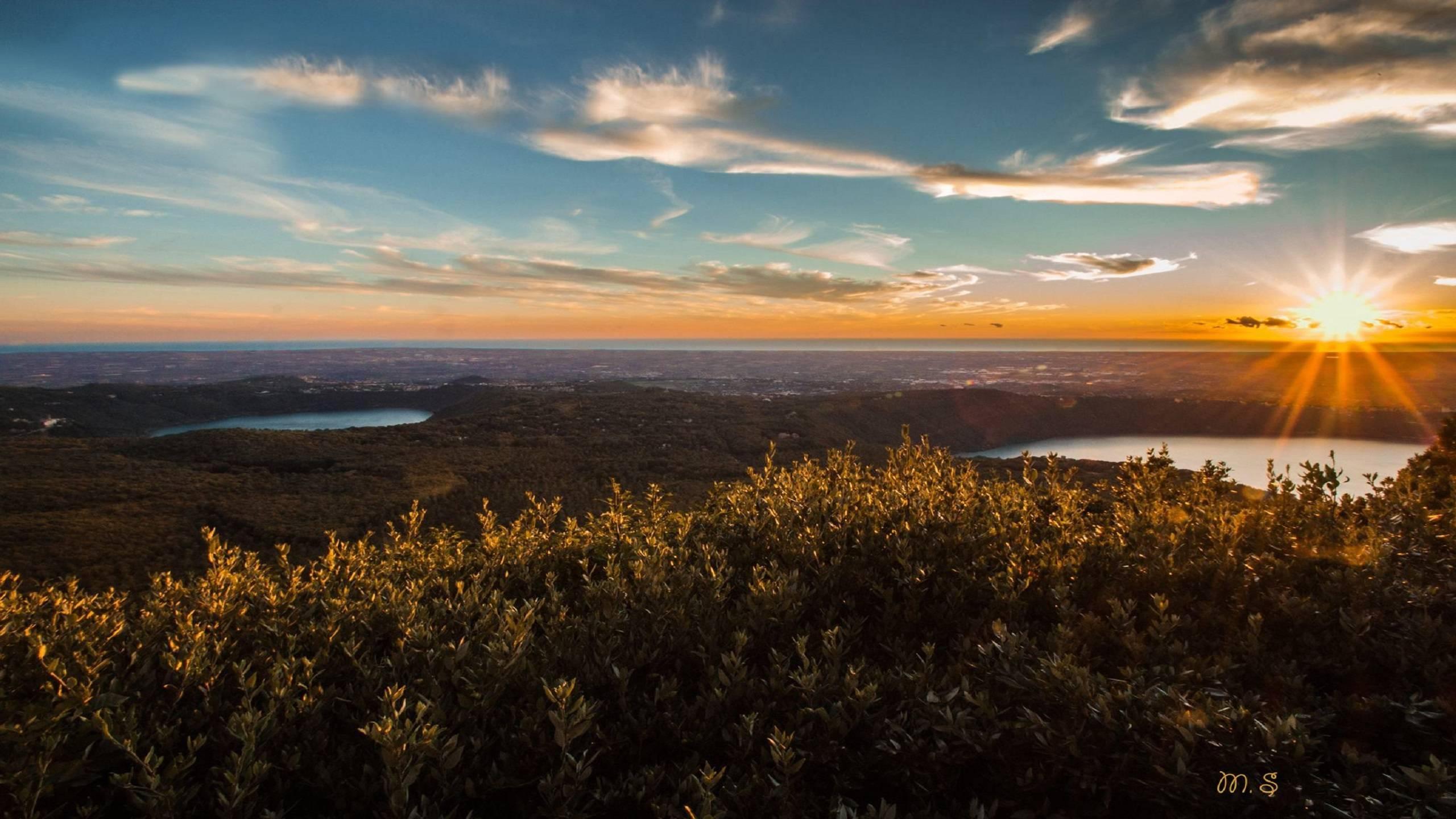 monte-cavo-between-the-two-lakes-castel-gandolfo-nemi