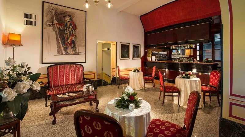 hotelcastelvecchio-bar-32