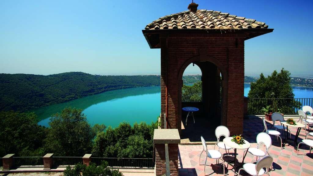 Villa-Del-Cardinale-Rocca-di-Papa-punta-san-michele-31