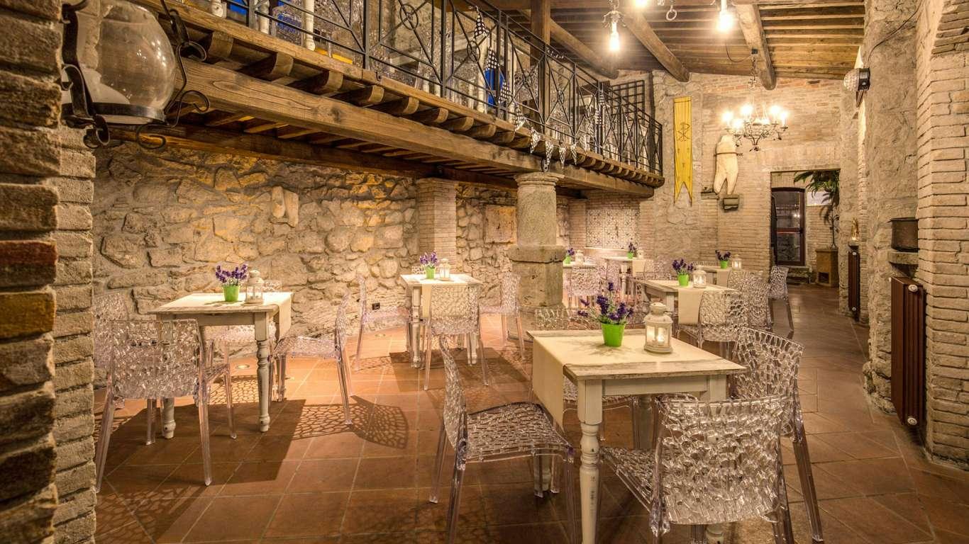 Villa-Del-Cardinale-Rocca-di-Papa-le-scuderie-42