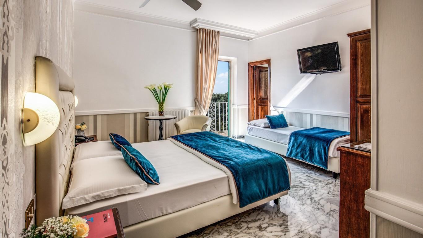 Hotel-Castel-Vecchio-Castel-Gandolfo-4a