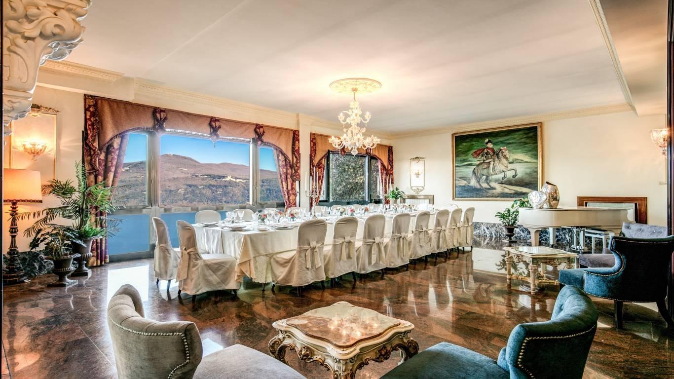 Hotel-Castel-Vecchio-Lake-Albano-Lake-of-Castel-Gandolfo-Bellavista-Lago1