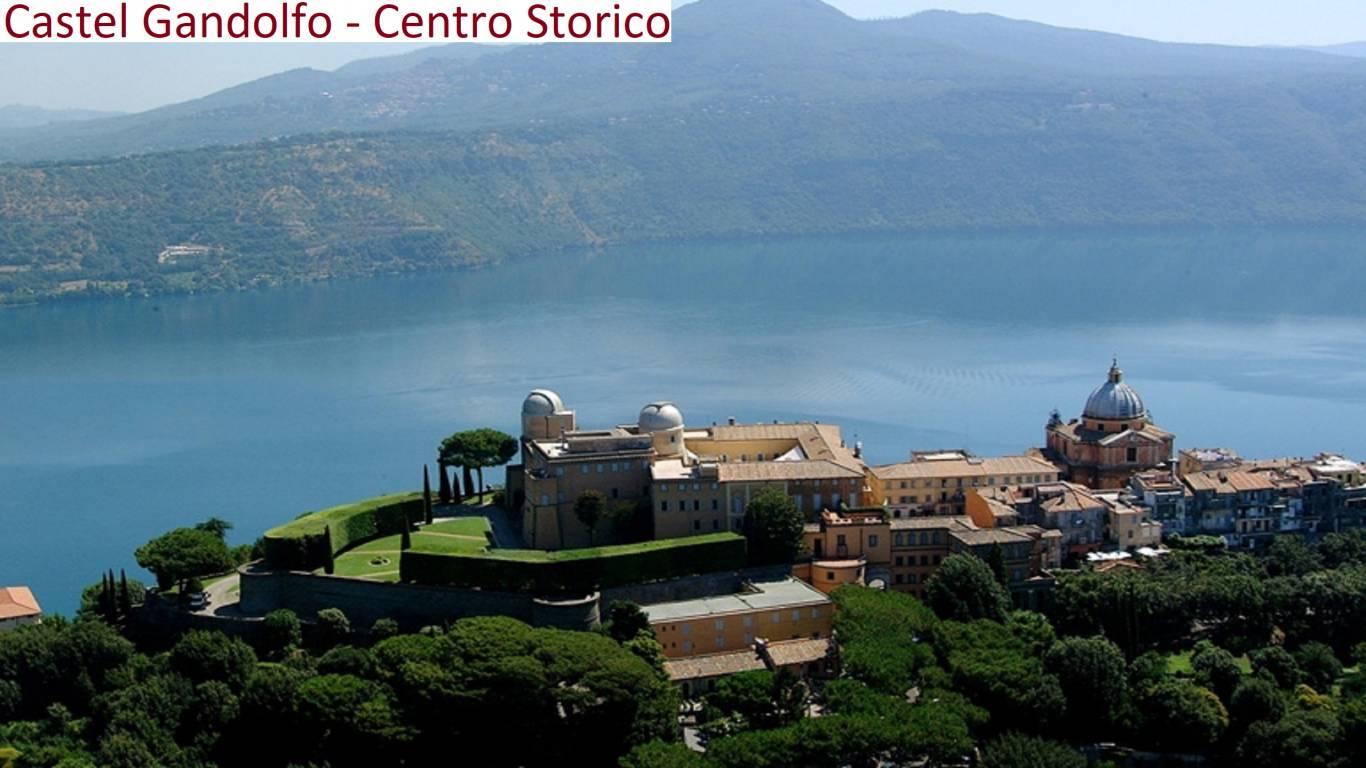Castel-Gandolfo-Osservatorio-foto-sfondo-centro-storico