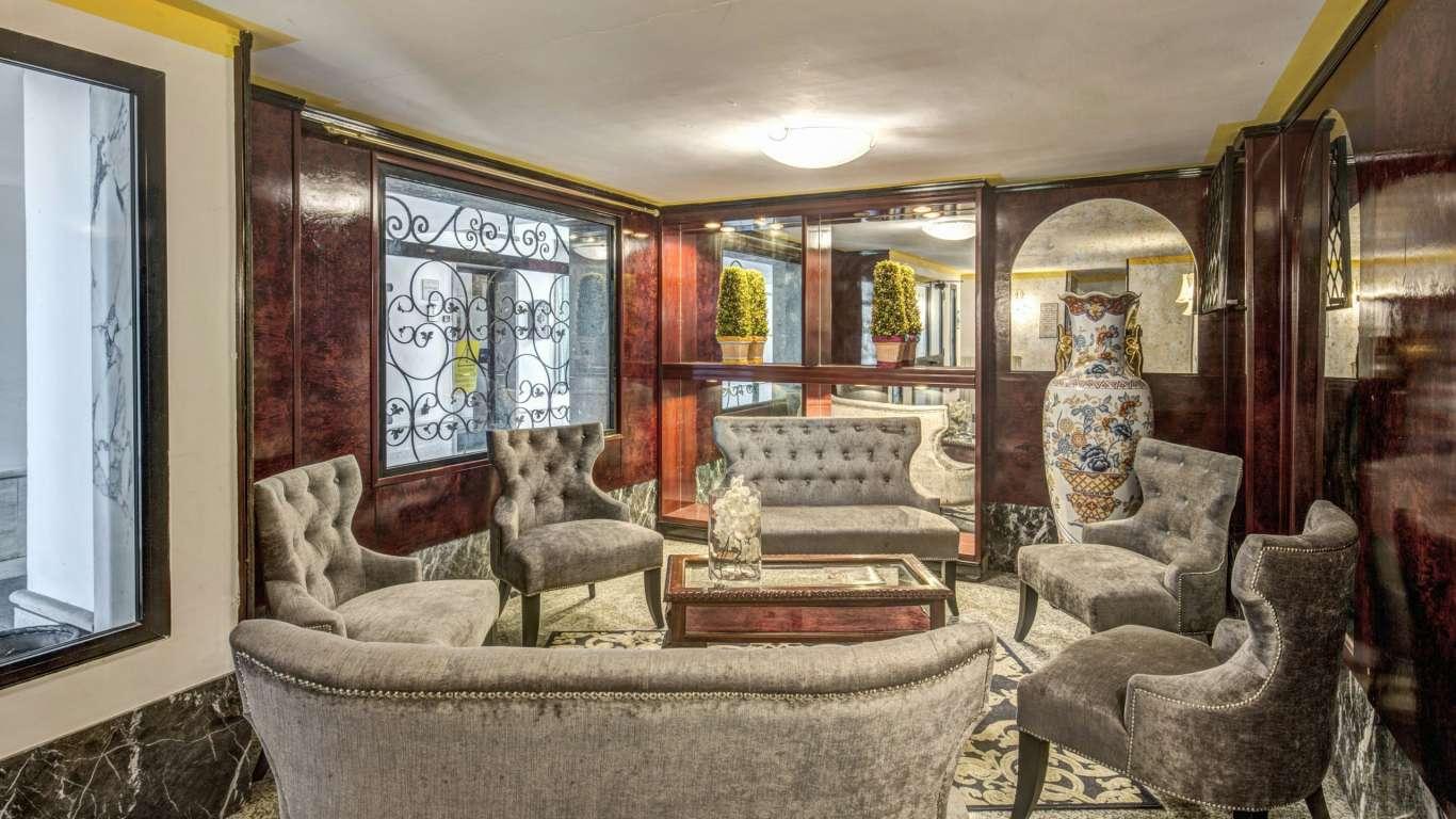Hotel-Castelvecchio-Castel-Gandolfo-27