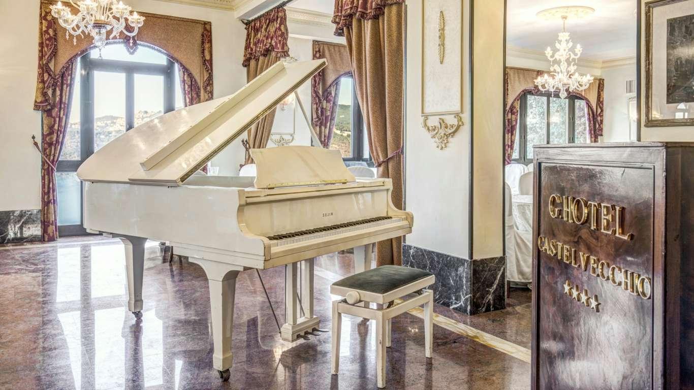 Hotel-Castelvecchio-Castel-Gandolfo-interior-42