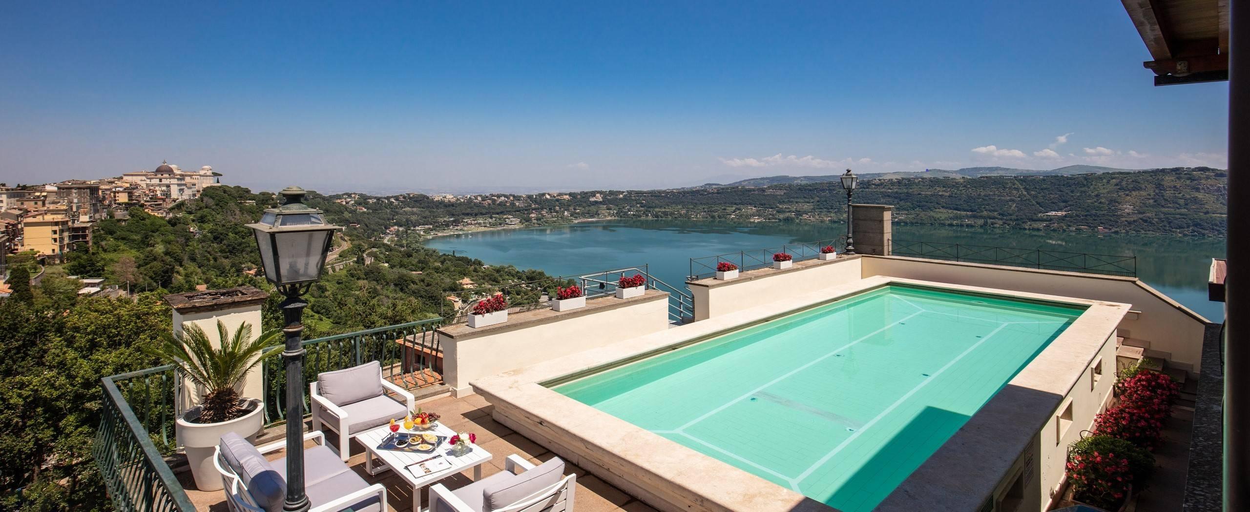 Hotel-Castel-Vecchio-Lago-Albano-Roof-garden-7-Bis