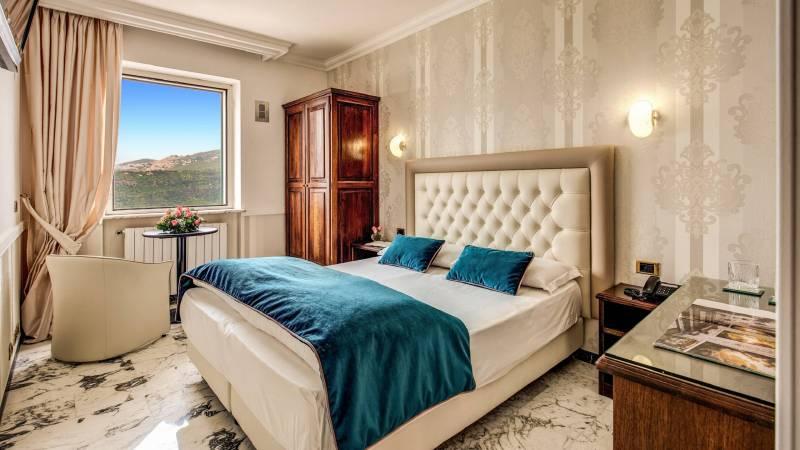 Hotel-Castel-Vecchio-Castel-Gandolfo-room-071