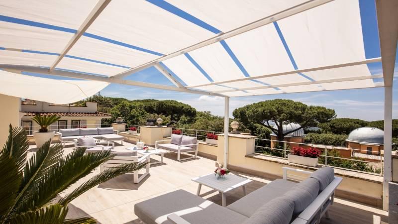 Hotel-Castel-Vecchio-Lago-Albano-Roof-garden-13
