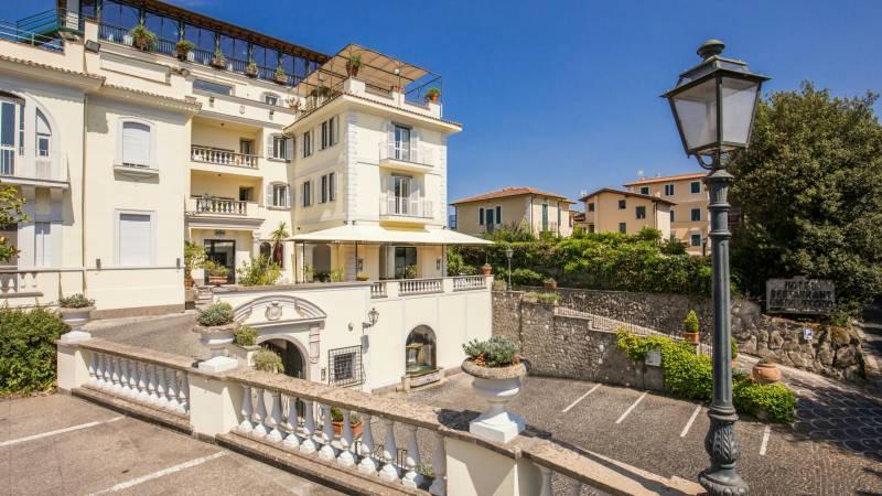 Hotel-Castelvecchio-Castel-Gandolfo-04