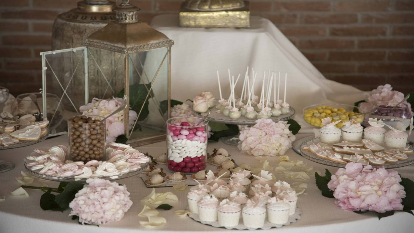 Candy-buffet-table
