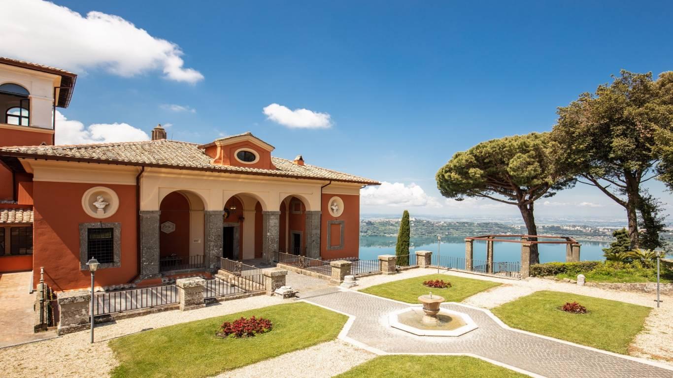 Villa-Del-Cardinale-Rocca-di-Papa-Lago-Albano-Giardino-Italiana-2