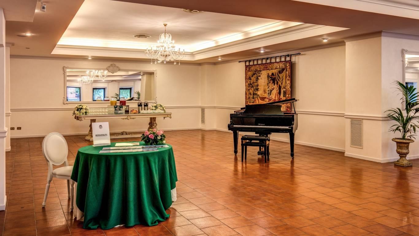 Villa-Del-Cardinale-Lago-Albano-Meeting-5