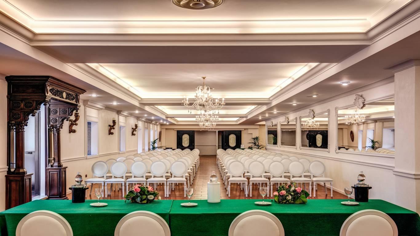 Villa-Del-Cardinale-Lago-Albano-Meeting-8