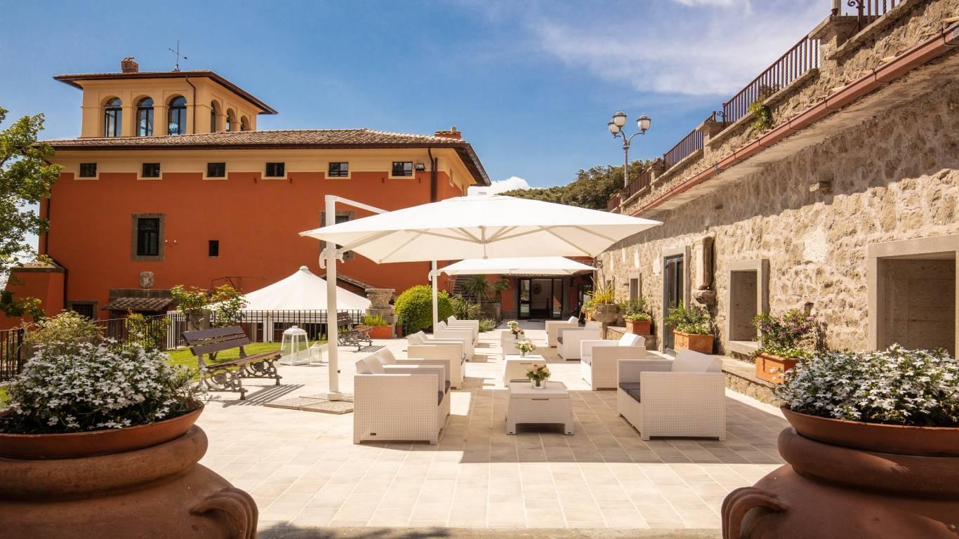 Villa-Del-Cardinale-Rocca-di-Papa-Lago-Albano-Terrazza-Arazzi-2