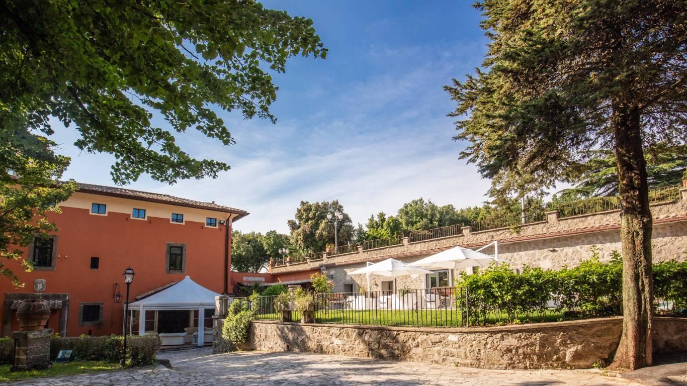 Villa-Del-Cardinale-Lago-Albano-Terrazza-Arazzi-Bis