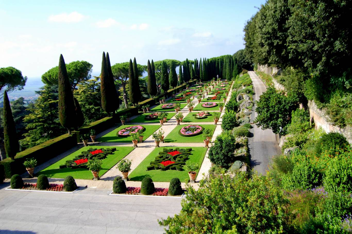 Villa-Del-Cardinale-Rocca-di-Papa-external-05