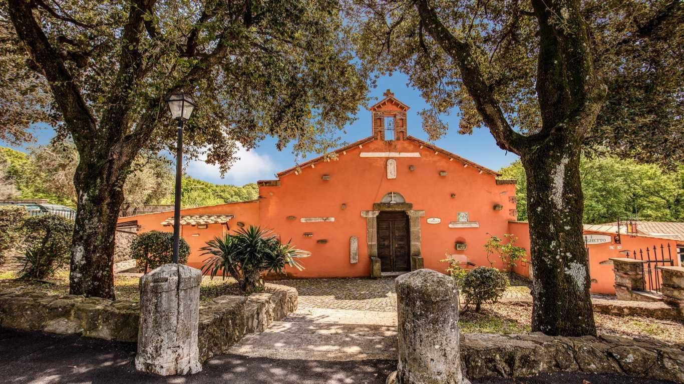 villa-del-cardinale-lago-albano-rito-religioso-cappella-privata-1