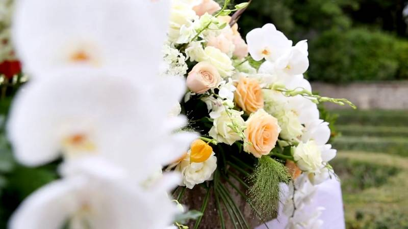 Wedding-Villa-del-Cardinale-Ornament-Flowers