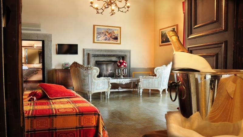 Villa-del-Cardinale-Hotel-Suite