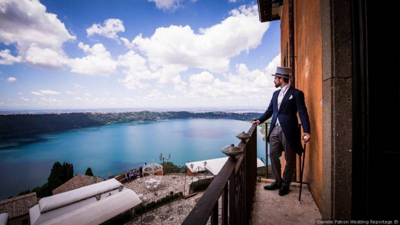 groom-villa-del-cardinale-lake-castel-gandolfo-location-for-events